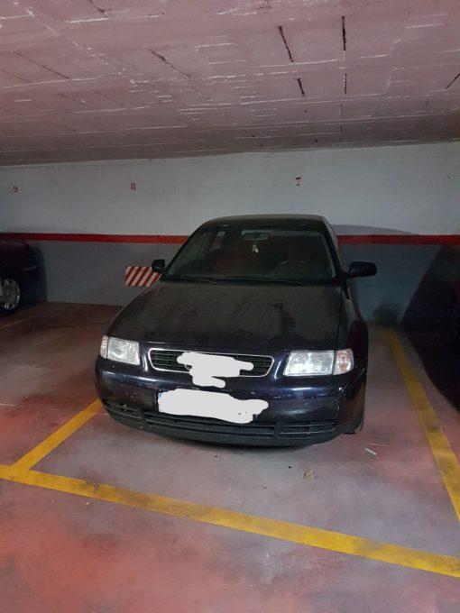 PPlaza de Garaje para coche grande
